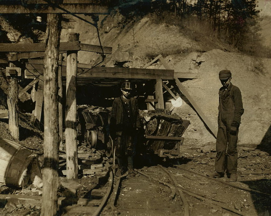 Cross_Mountain_Mine_1917
