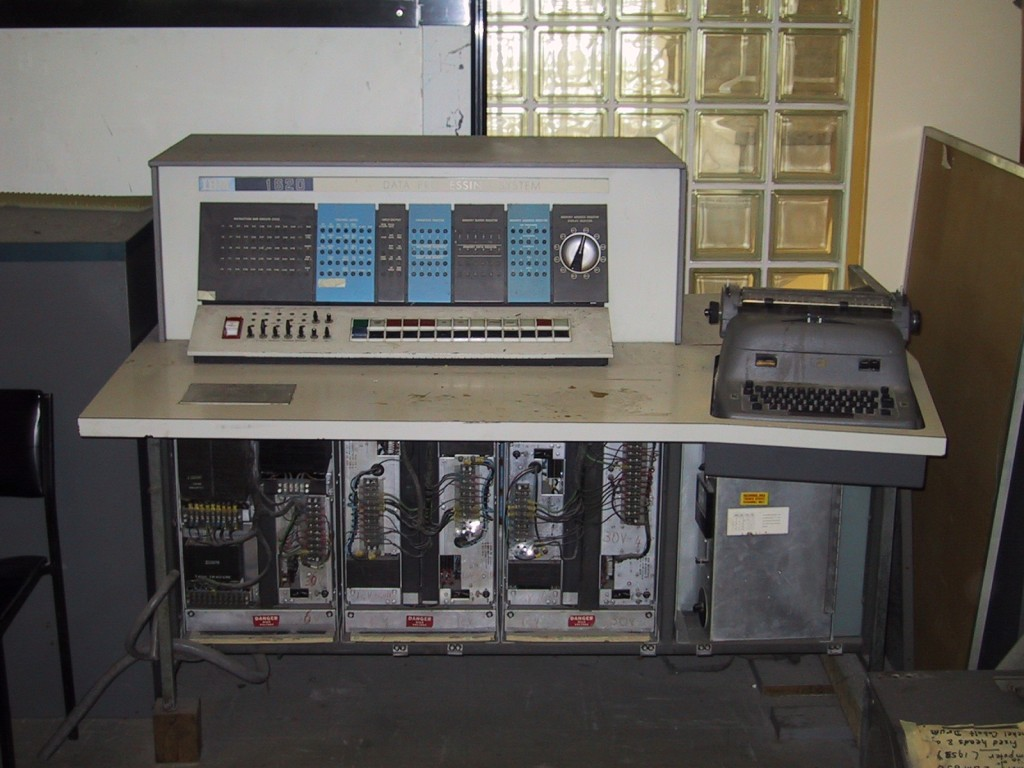 ibm-1620-with-flash
